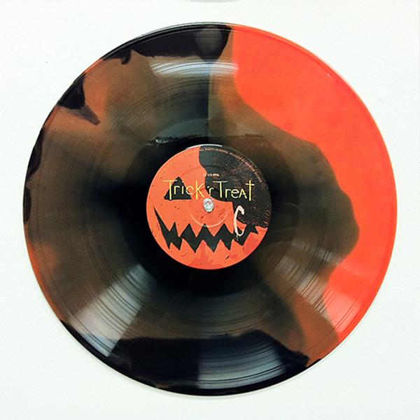 trick_r_treat_waxwork_vinyl-swirl