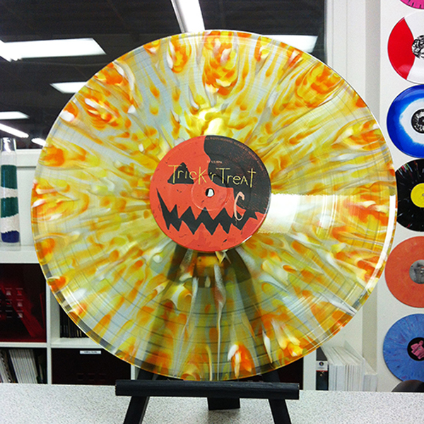trick_r_treat_waxwork_vinyl_candy-corn-splatter