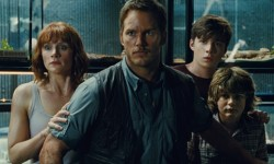 Film Review: 'Jurassic World'