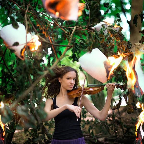 Amelie Berton - fire music