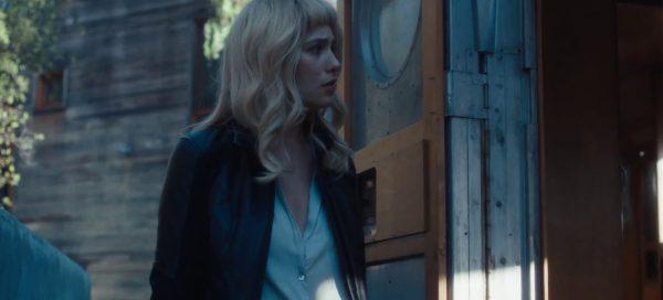 Gemini review Lola Kirke still