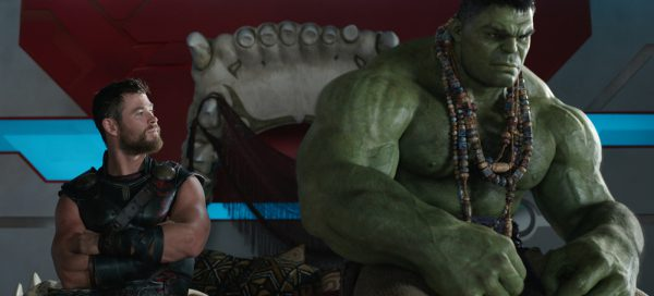 Thor Ragnarok Review Chris Hemsworth Mark Ruffalo