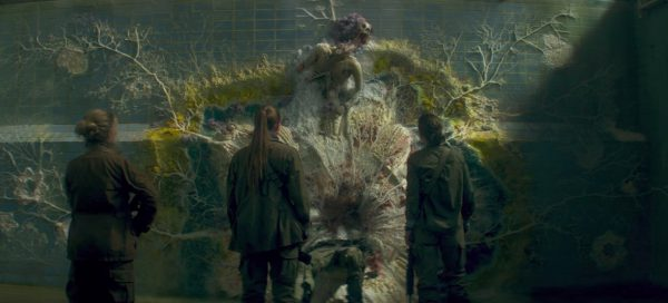 annihilation review natalie portman jennifer jason leigh tuva novotny